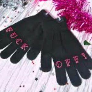 Sourpuss knit gloves